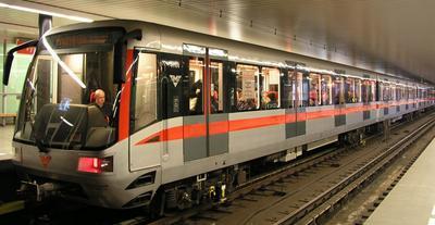 prague-train-m1