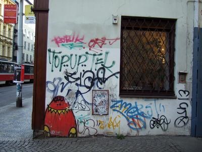 graffiti-in-prague-3