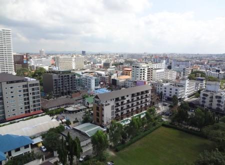 Вид на Паттайю с крыши Mike Shopping Mall