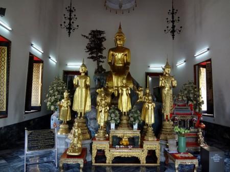 Будды в Ват По